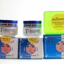 Cream Deonard / krim pemutih kulit wajah dengan tekstur krim yang lebih lembut, halus, dan yaman di kulit.