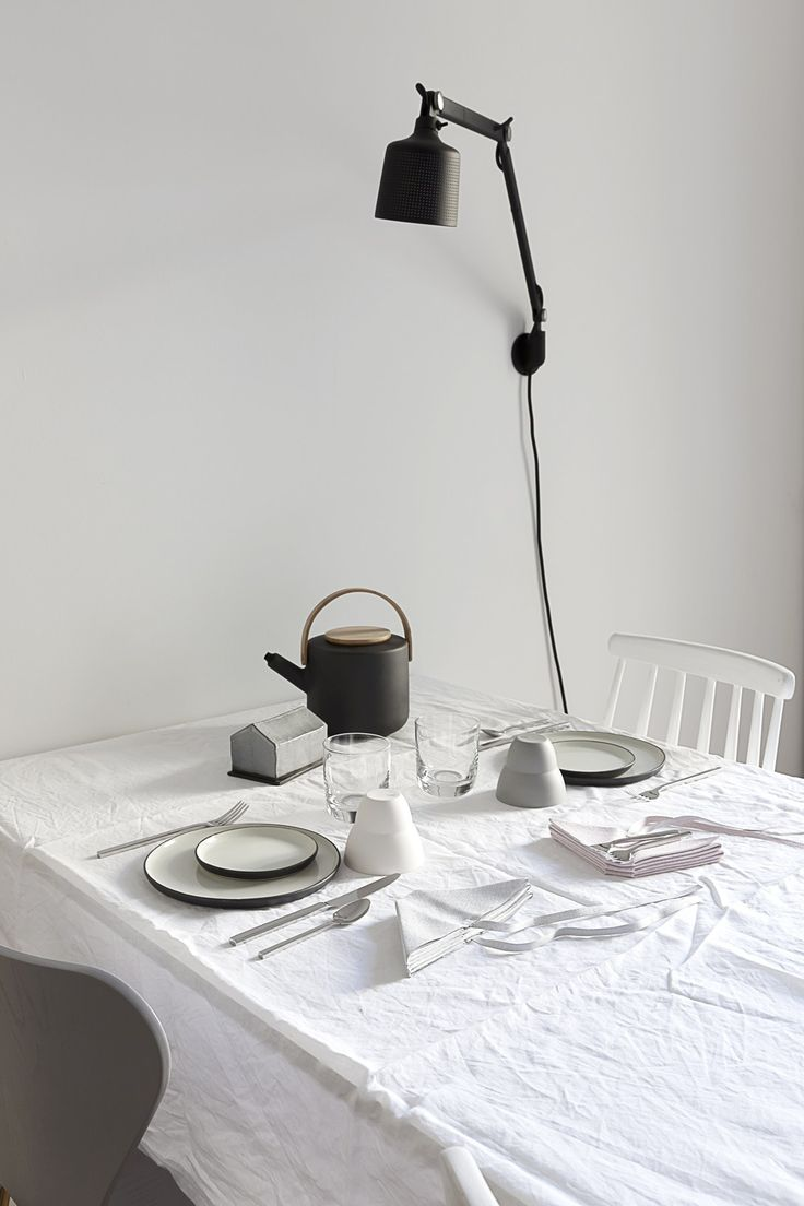 Breakfast for two - via Coco Lapine Design Stelton Theo tea pot, perfect! http://bit.ly/2z54VtP