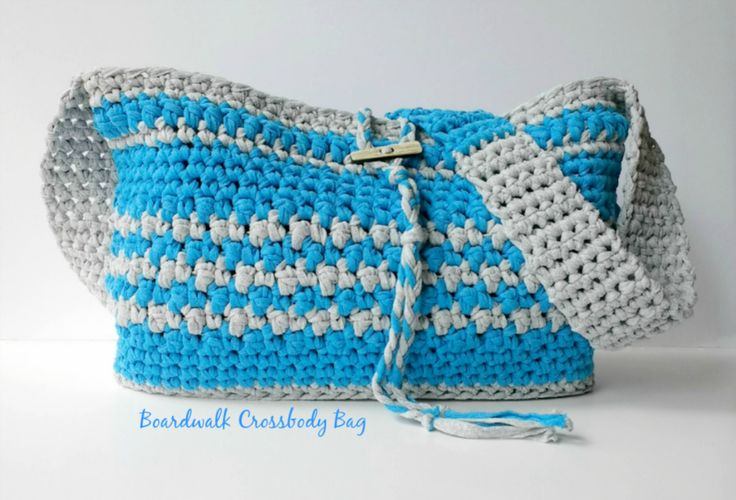 Crochet this fun and easy crochet Boardwalk Crossbody Bag pattern using Lion Brand Fast Track yarn. It is a free pattern on the Croyden Crochet blog.
