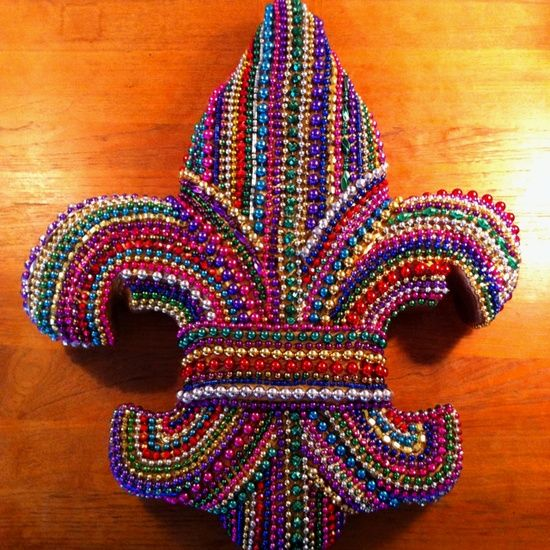 best 25 mardi gras parade ideas on pinterest new orleans mardi gras gumbo near me and mardi. Black Bedroom Furniture Sets. Home Design Ideas