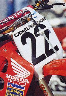 La plaque de JMB pour cette année 1990 sera le 22