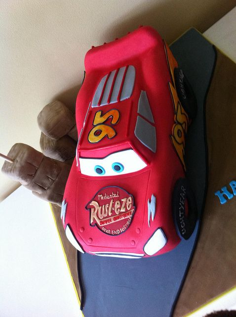 lightning mcqueen race track instructions