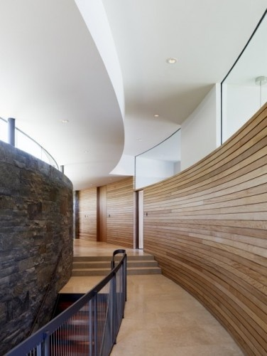 Wood for Good Modern Design In this simple and elegant hall, the ...