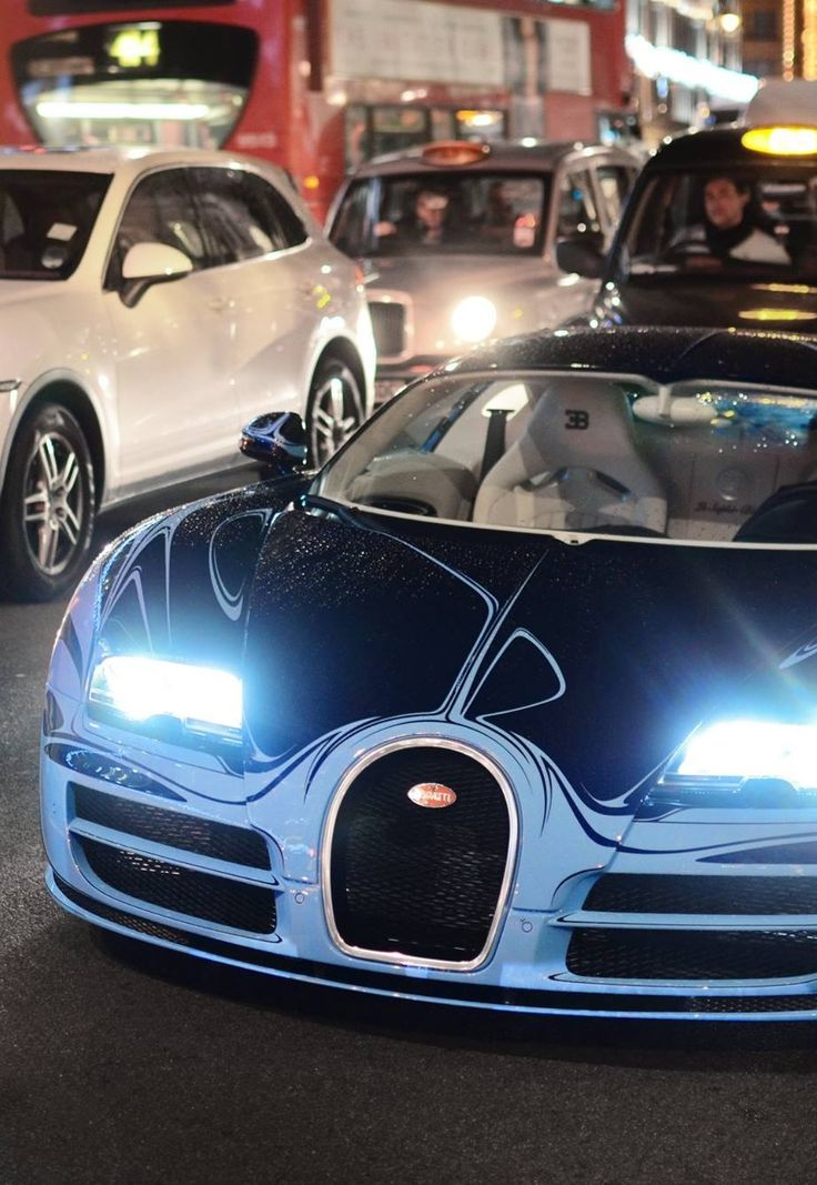 1000 images about bugatti on pinterest cars luxury sports cars and luxury cars. Black Bedroom Furniture Sets. Home Design Ideas