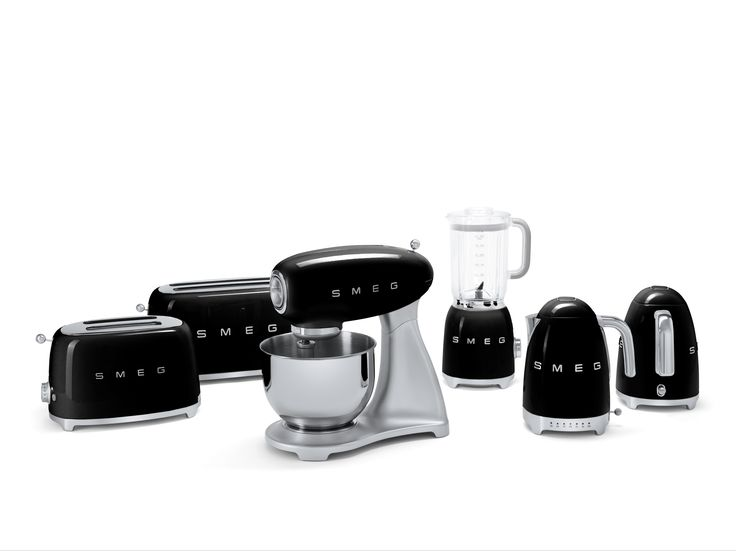 Vintage kitchen appliances - The Complete Collections Of Smeg S Small Appliances In Chic Black