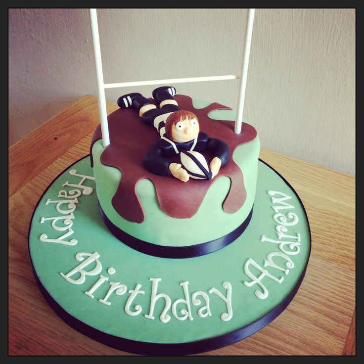 Rugby themed cake with kit matched to the Stratford upon Avon Rugby club.