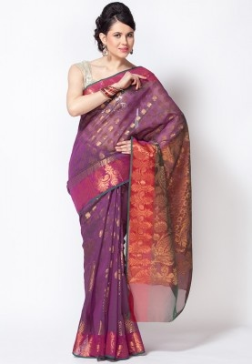 Purple coloured, printed saree from Bunkar. Made of cotton, this saree measures 5.5 m and comes with a blouse piece measuring 0.80 m. This organza saree features contrasting coloured thread work on the pallu that makes it an exquisite addition to your wardrobe. The attractive design and beautiful combination of colours make this saree hard to miss for the urban women.