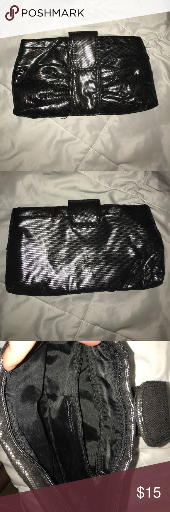 American Eagle handbag Never used American Eagle Outfitters Bags Clutches & Wristlets