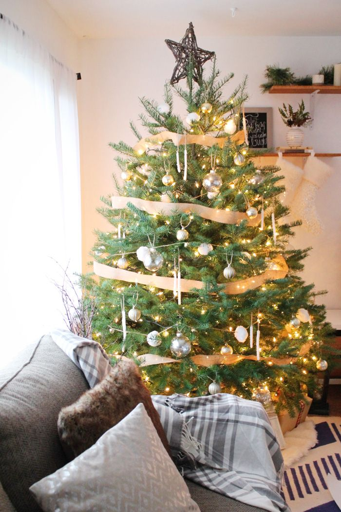 Simple DIY Holiday Home Tour Get In The Spirit And Cozy Up Your Home