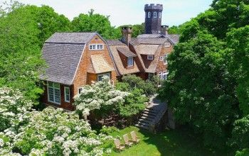 Christie Brinkley Selling Hamptons Estate