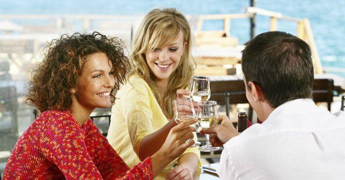 Vurderer du å dra på cruise? Her kan du lese om hvilke priser man kan forvente og hva man bør være oppmerksom på. http://www.travelmarket.no/blog/cruise-i-karibien-hvor-naar-hvordan/