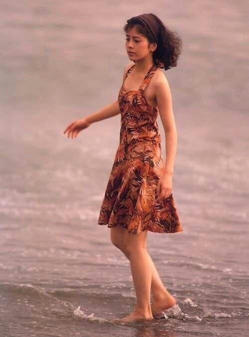洋服が素敵な沢口靖子さん