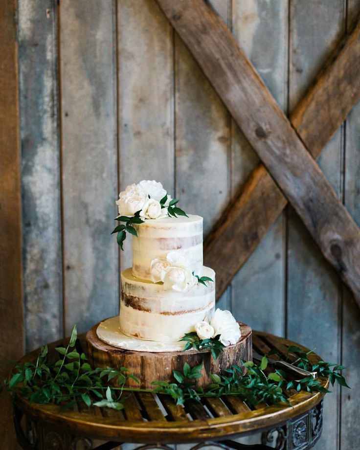 We ❤️ when clients share their professional photographs @thestablesatstones @stonesoftheyarravalley #cherrytreebakehouse ❣