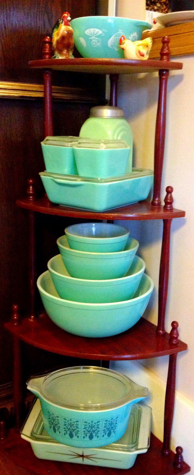 Turquoise Pyrex shapes #vintage #pyrex