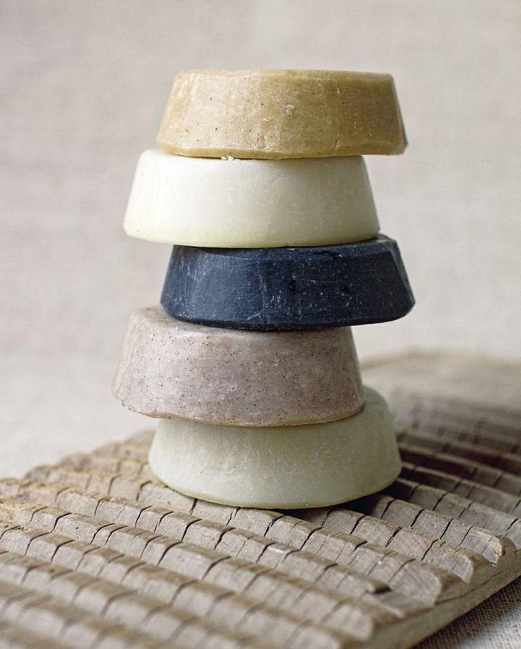 RAIN se bad- en lyfprodukte word meestal van natuurlike en inheemse bestanddele gemaak.