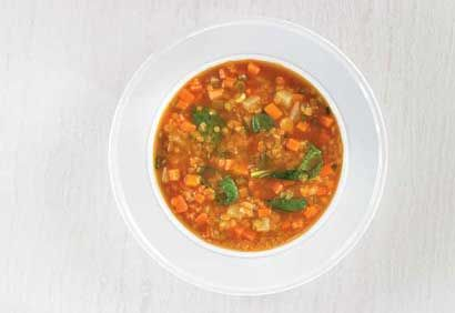 Recette Soupe aux lentilles rouges, au cari et aux épinards - Coup de Pouce