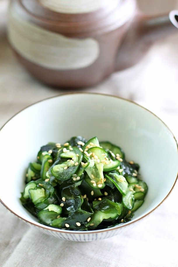 Cucumber and Seaweed Salad   dang that's delicious