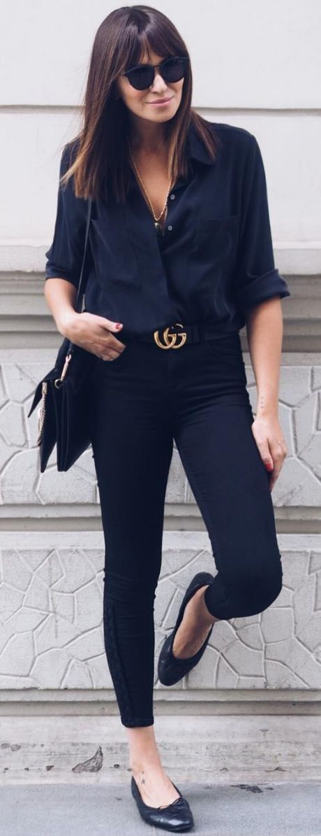 Black or white shirt with skinny jeans or cropped black pants