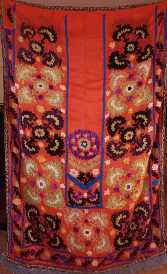 Suzani Handbestickter Seidensuzani Wandbehang aus von neemaheTribal