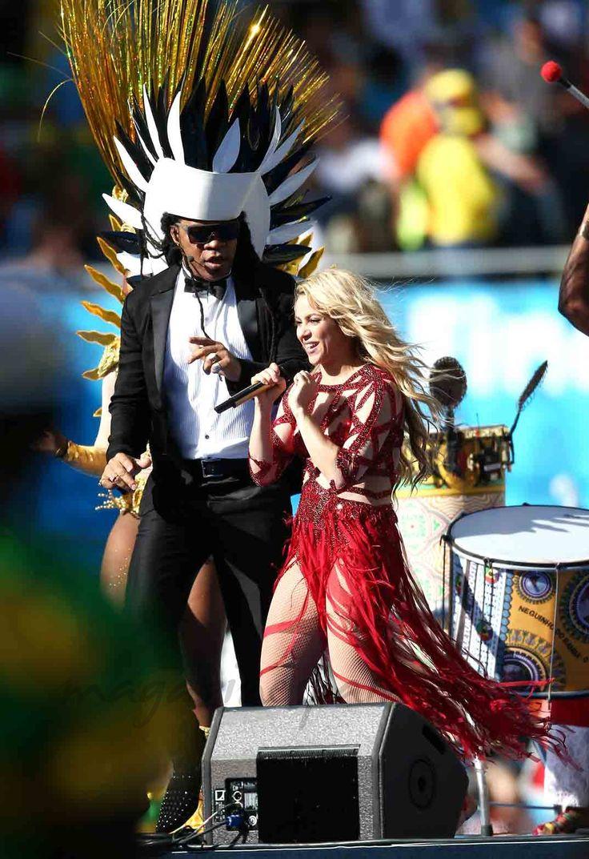 Shakira-Brasil-2014