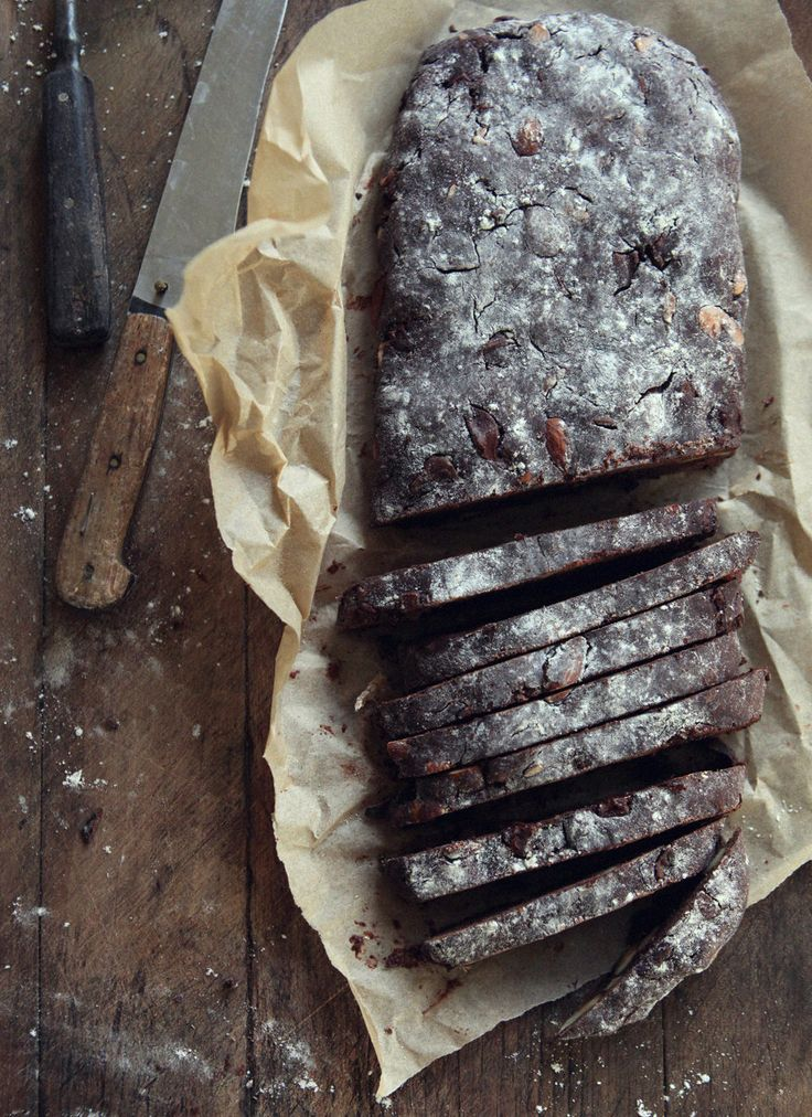 Chocolate Almond Biscotti – Fish Trip Cafe