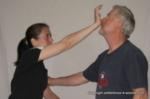 Basic Self-Defense Moves Anyone Can Do (and Everyone Should Know)