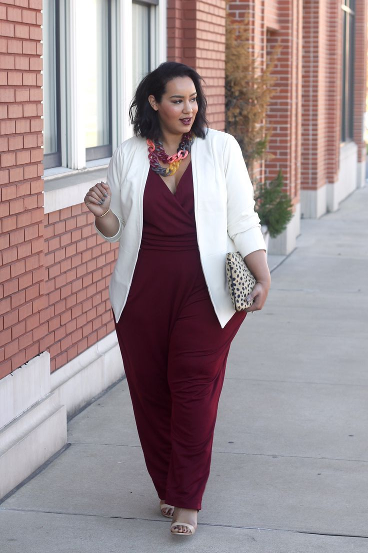 Plus Size jumpsuit and blazer - Beauticurve. For more inbetweenie and plus size style ideas, go to www.dressingup.co.nz