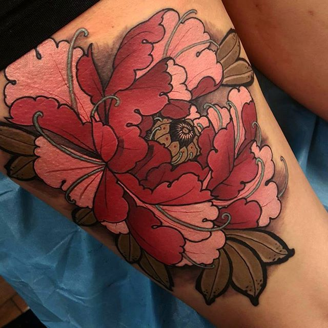 Elliot Wells  #triplesixstudios #neojapanese #uktta #art #artist #draw #drawing #japaneseflowers #japanesetattoos #peony #peonytattoo #triplesix #sunderland #northeast #teamego #elliottwells #thebesttattooartists #irezumicollective #irezumi #egomachines #egor12 #fusionink #fusioninks all done with the new ego r12 machine and fusion inks
