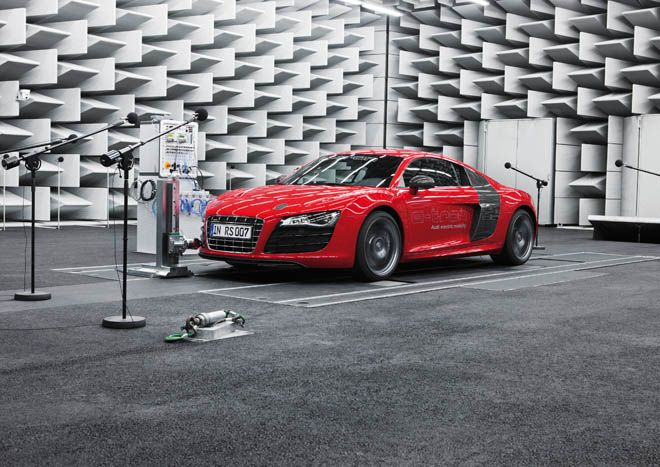 Audi engineers looked to science fiction when designing a noise for its new electric car. Shall we file this one under self-fulfilling prophecy? http://ow.ly/acZCh: E Tron Models, Motors, Audi E Sound, Audi R8, Auto, Long Distance, Electric Cars