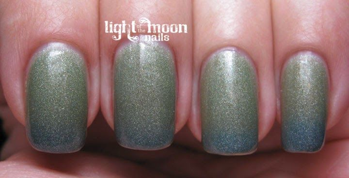 Listless. A gorgeous swatch by Light of the Moon Nails