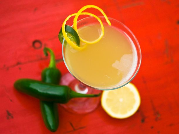 Bee Sting: Tequila, jalapeno, honey syrup, lemon juice