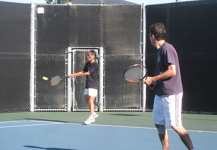 BEST OF LA 2014: Best Public Tennis Courts, August 2014 As with many things in Beverly Hills, the courts at the city-run La Cienega Tennis Center are a step up from those in neighboring L.A. Residents of the gilded burg pay a mere $10 for an annual reservation card; for everyone else the card costs $20, plus $3 per …
