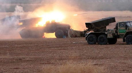 Syrian armed forces launch large scale offensive against ISIS - Syrian General Staff - Multiple rocket launchers Grad fire at positions of ISIS militants near the border between Homs and Hama Governorates, Syria. © Michael Alaeddin