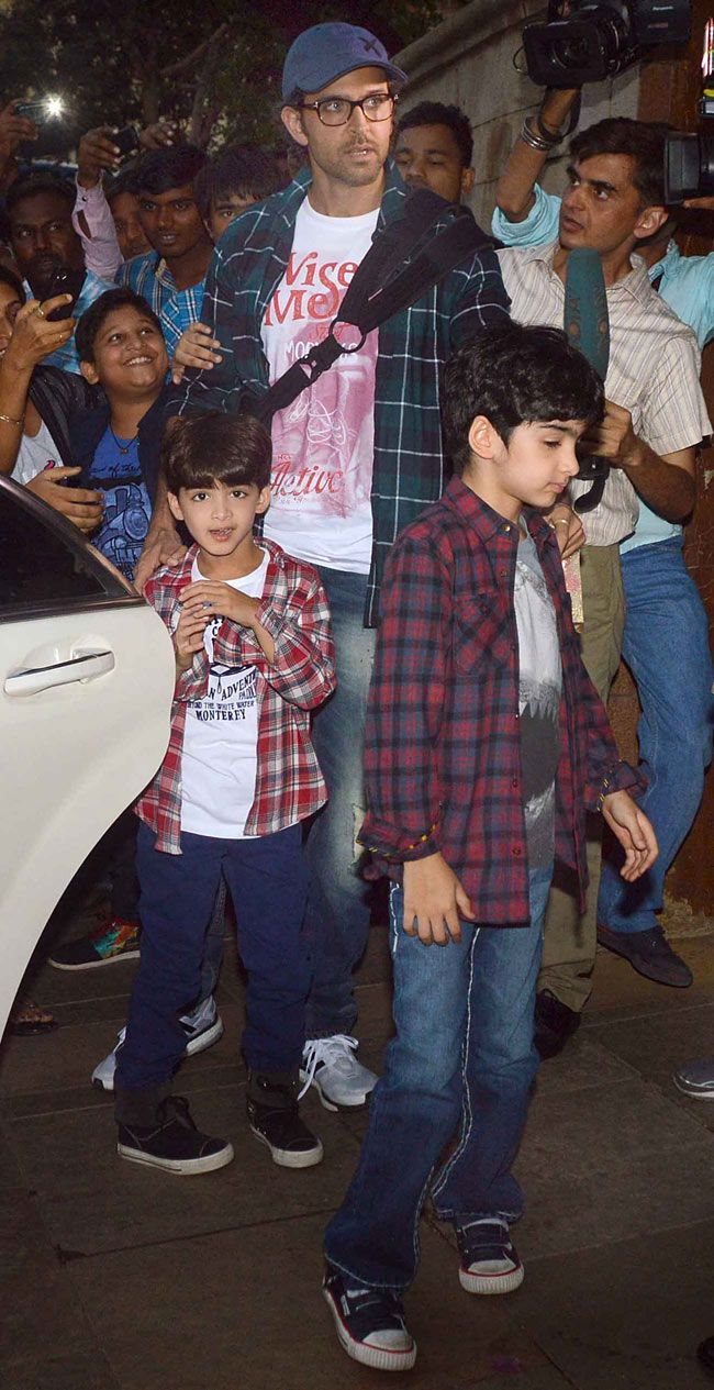 Hrithik Roshan with sons Hrehaan and Hridhaan at Aaradhya Bachchan's birthday bash. #Bollywood #Fashion #Style #Handsome