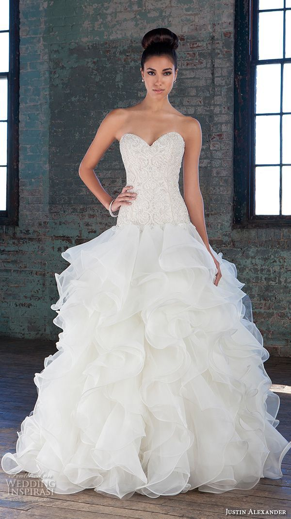17 Best ideas about Ruffle Wedding Dresses on Pinterest | Ruffled ...