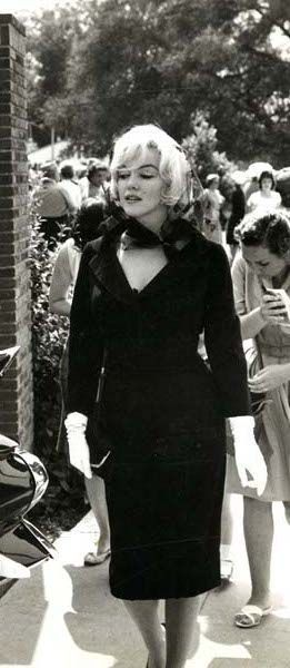 "Marilyn Monroe at Clark Gables funeral Nov.16, 1960 long before the release date of ""The Misfits"" release date  Feb 1, 1961"