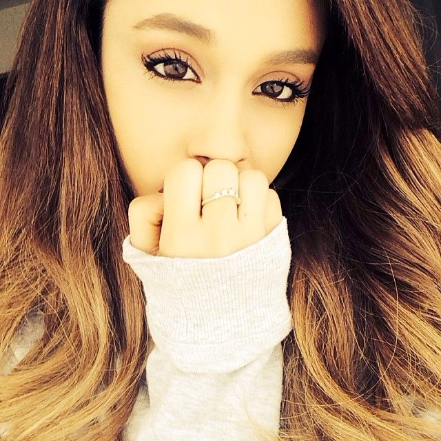 Ariana Grande NEW HAIRSTYLE PIC! - http://oceanup.com/2014/02/02/ariana-grande-new-hairstyle-pic/