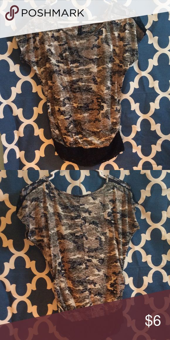 Women's camouflage top This camo top has black lace on the shoulder/sleeve and along the bottom Tops