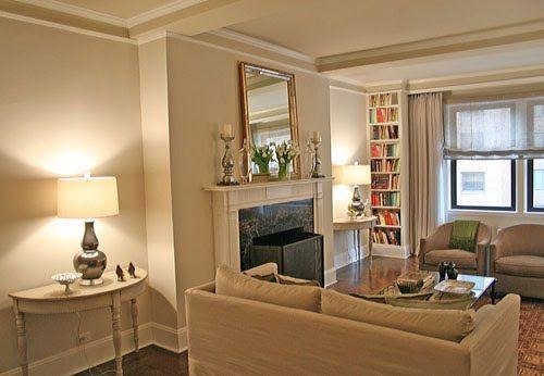 Neutral living room: Benjamin Moore 'Pale Oak'
