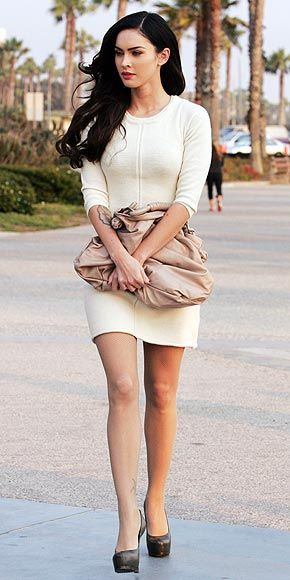 """fendi or balenciaga bag, so basic natural dress and """"the peeps""""....red lipstick!! love the look"""