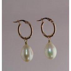 Daniela Hoop - Rose Gold and Freshwater Pearls