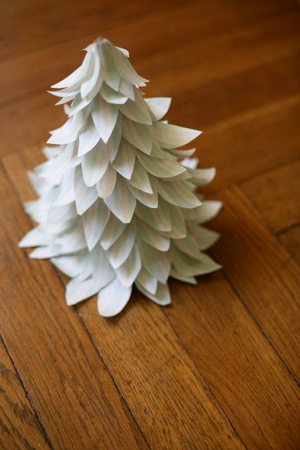 Make Christmas trees with wrapping paper scraps