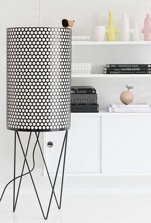 Gubi floor lamp, String Shelf + styling | Nordic Leaves