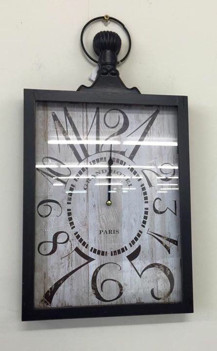 Square large with numbers clock