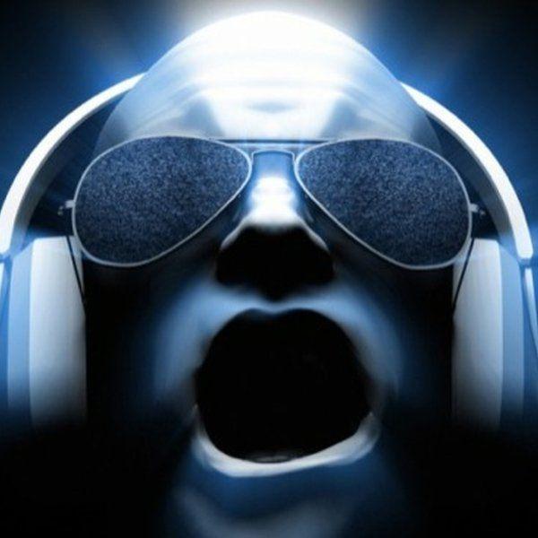 Check out HouseMusik Radio on Mixcloud
