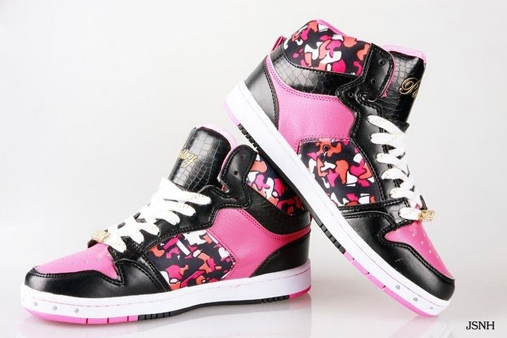 Pastry shoes Want. Kick a**.