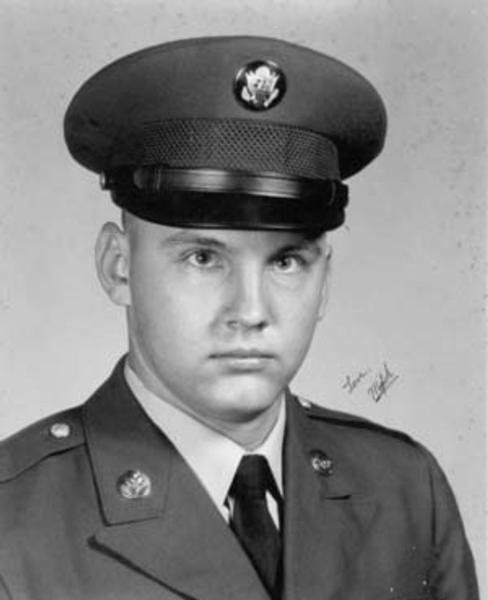 Virtual Vietnam Veterans Wall of Faces | FRANK G MICHULKA | ARMY