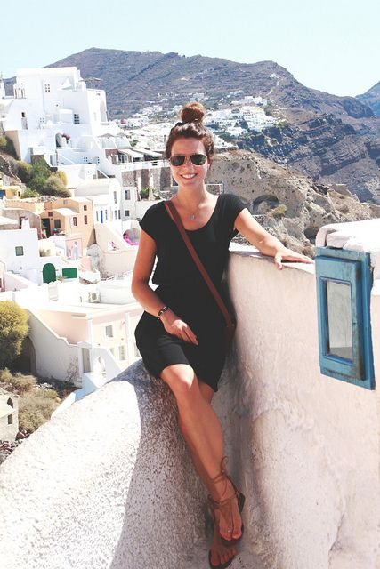 Easy LBD for casual, cute vacation style. Also, can we go there asap?!