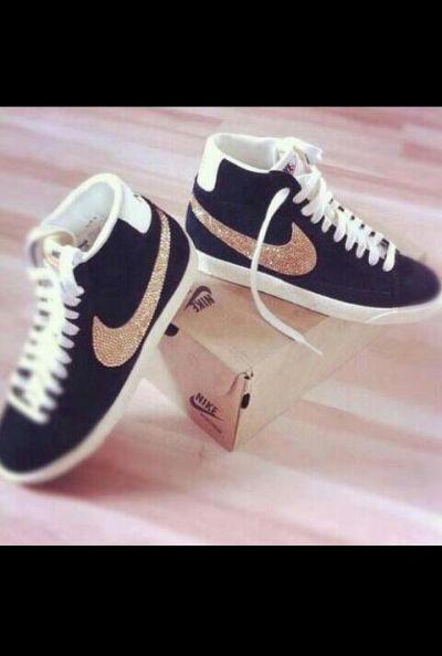 Nike blazer noires dorées