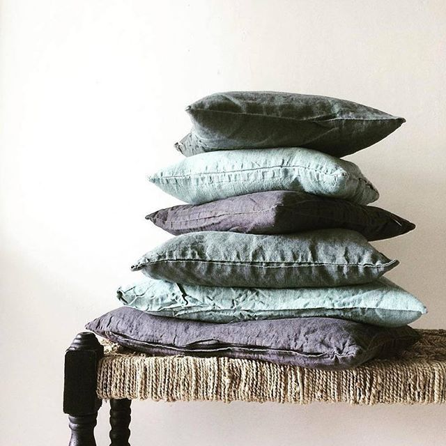 @aumaison #aumaison #glass #trend #table #cactus #everyday #teppich #nordicdesign #black #textile #cushion #pude #scandinaviandesign #scandinavian #interior #interiordesign #macrame #weaving #wallhanging #furniture #vase #vases #nordicdesign #glass #ceramics #vintage #botanic
